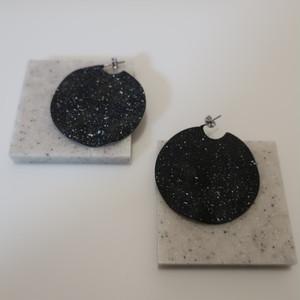 [P#003] SandCircle_Pierced-black