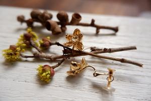 花かんざしのイヤリング