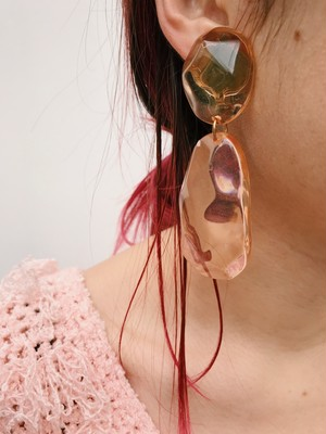 Vintage salmon pink lucite earrings ( ヴィンテージ サーモンピンク ルーサイト イヤリング