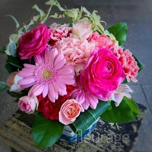 アレンジ(Mサイズ)色合い選べる/おまかせ/誕生日/結婚祝/プロポーズ/結婚記念日/開店祝い