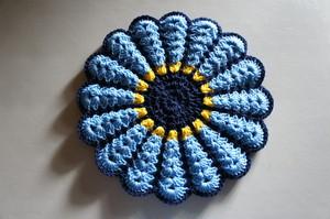 お花のフワフワ円座*青x黄色