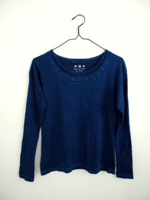 ◆100%自然素材 天然灰汁発酵建て 本藍染◆ 胸元コットンレース使い カットソー