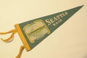USED Vintage Pennants SEATTLE Washington 01033