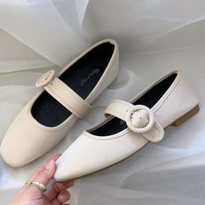 スエードストラップシューズ ストラップ バックル かわいい フェミニン 靴 韓国