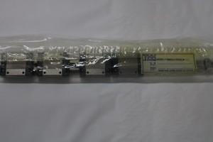 LMガイド 4RSR15VMAUU+850LM