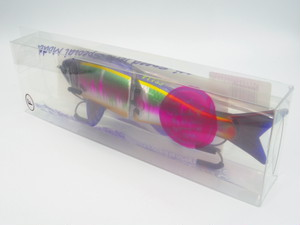 LIGHTREAL  F175J