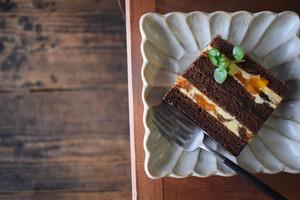 干し柿とチョコのケーキ
