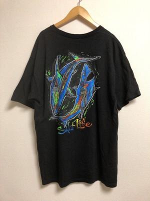 2000's shark oil painting T's