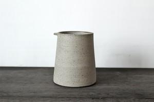 スコットランドの陶芸家【JONO SMART / ジョノスマート】Tea Mug ティーマグカップ (TEXTURED GREY)