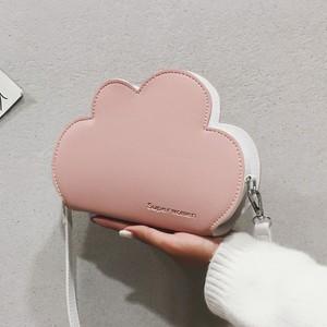 06TA236 クラウドショルダーバッグ 4色 雲形 ショルダーバッグ シンプル ガーリー 2019春夏 韓国ファッション オルチャン トレンド プチプラ かわいい おしゃれ