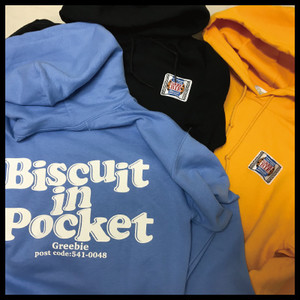 BISCUIT IN POCKET Hoodie【Water/Yellow/Black】