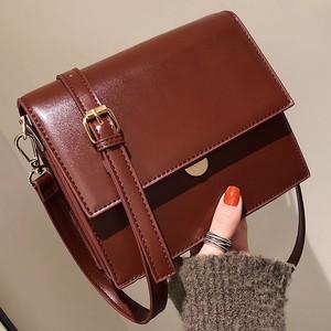【超お得なセール999円】【goods】シンプル切り替え合わせやすいバッグ24933519