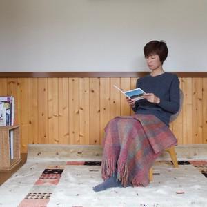 手紡ぎ手織りのブランケット〈しっかりタイプ〉(赤系)