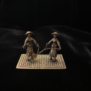Silver Miniature #10 -The Street Performers-