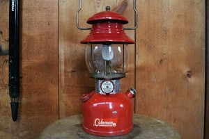 USED Works! 60s Coleman 200A Lantern Maroon -1962/11 G0567