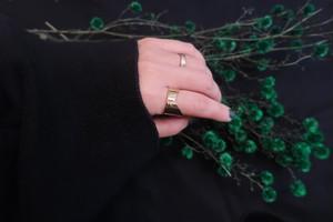 only  ring(v)