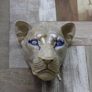 白獅子の面