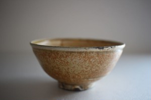 井上茂|灰粉引き飯碗
