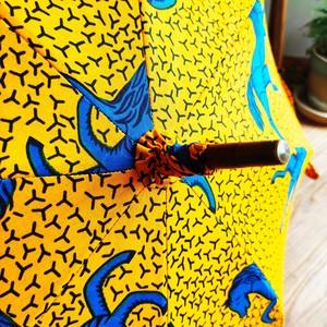 アフリカンファブリック(黄色地に青い馬柄) 職人日傘・アフリカンプリント オーダー