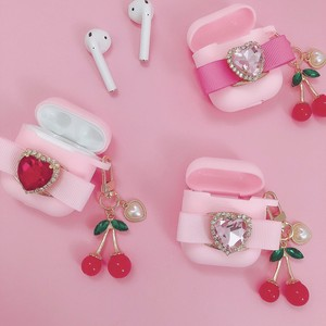ribbon heart bijou cherry AirPods case