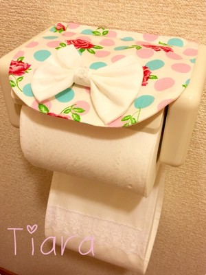 トイレットペーパーホルダ♡ドットばら柄ピンク