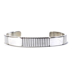 Navajo Sterling Silver Heavy Gauge Line Bangle by Jonathan Nez