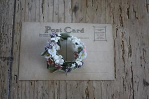 ローズマリーのある布花ブローチ