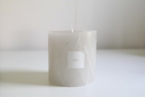 Botanical candle -gray-