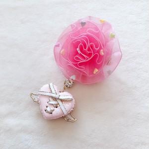 【Angel ♡love】ミニハートラッピングマカロン×シュガーハートトッピングシフォン薔薇ヘアクリップ(ピンク)(左用)a2211010