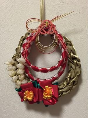 ハワイアンリボンレイの正月飾り