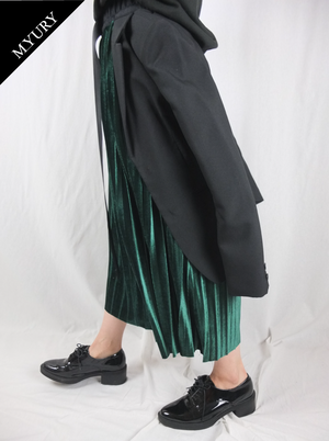 PLEATS SKIRT 001