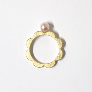 アコヤパールのお花リング(Gold色)