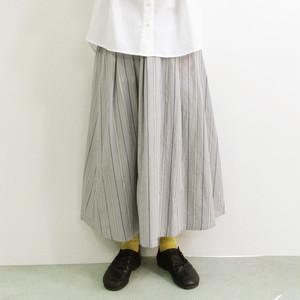 YARRA (ヤラ) YR-202-099 フロントタック ストライプ柄 ひざ下スカート