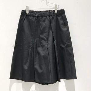 """keisuke yoneda"" tuck shorts(BLACK)"