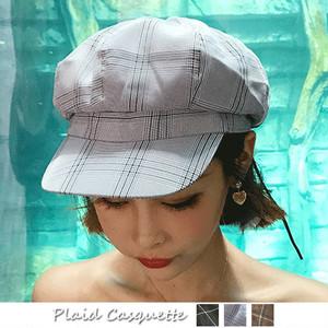 季節ピッタリなチェック柄のキャップ帽子