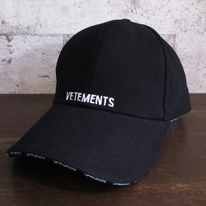 VETEMENTS 18SS EMBROIDERED BASEBALL CAP