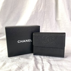 """CHANEL """"Caviar Skin"""" Folded Wallet"""