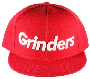 GRINDERS  logo snap back CAP (red)