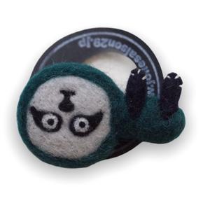 [羊毛フェルト] なまけものgreen ブローチ
