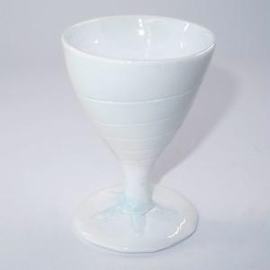 三角貝のグラス(青味白色)T-17