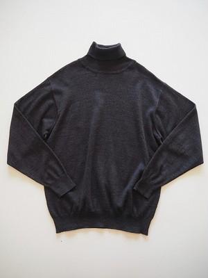 【ドイツ】 タートルネックセーター [チャコールグレー]