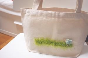 ひつじさんの草原トートバッグ