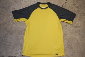 USED Patagonia Capilene lightweight Baselayer T-shirt T0231