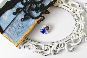 【Kasumi】ブローチ、青いドレスの王女様