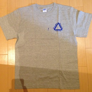 Triangle Logo T-Shirts GxB (S,M,L,XL)