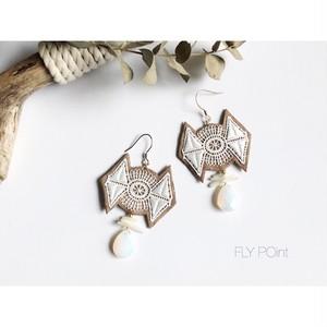 - lace bohemian pierced -