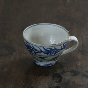 陶工房里一 安南マグカップ