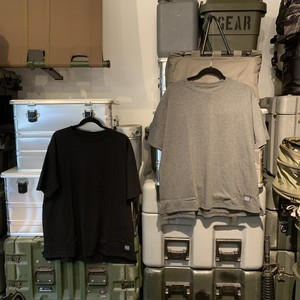half track products pocket Tシャツ