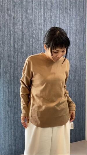 秋のはじり、必ずお役に立てるシャツ切り替えカットソー