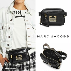Marc Jacobs スポーツレザーベルトバッグ 【国内発送 / 関税込み】
